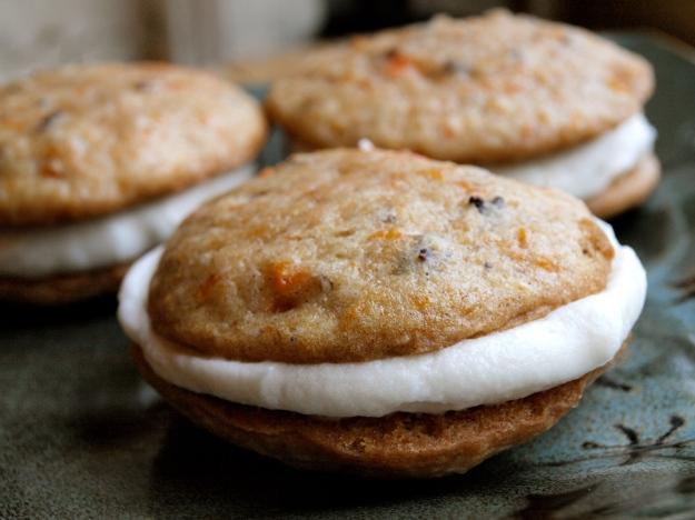 Carrot Cake Whoopie Pies Cookies